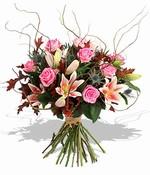Lilie s růžemi